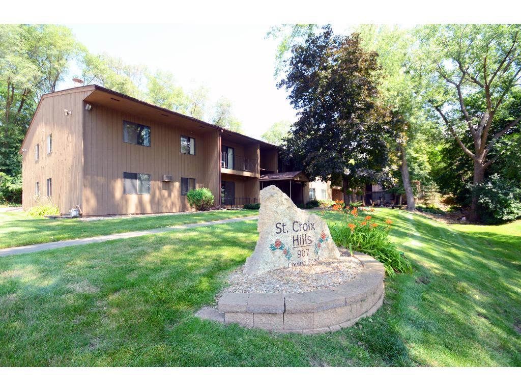 907 Coulee Road Hudson Wi 54016